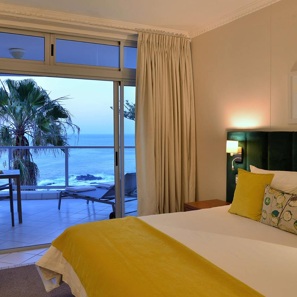 3-For-2 Special At The Peninsula All-Suite Hotel