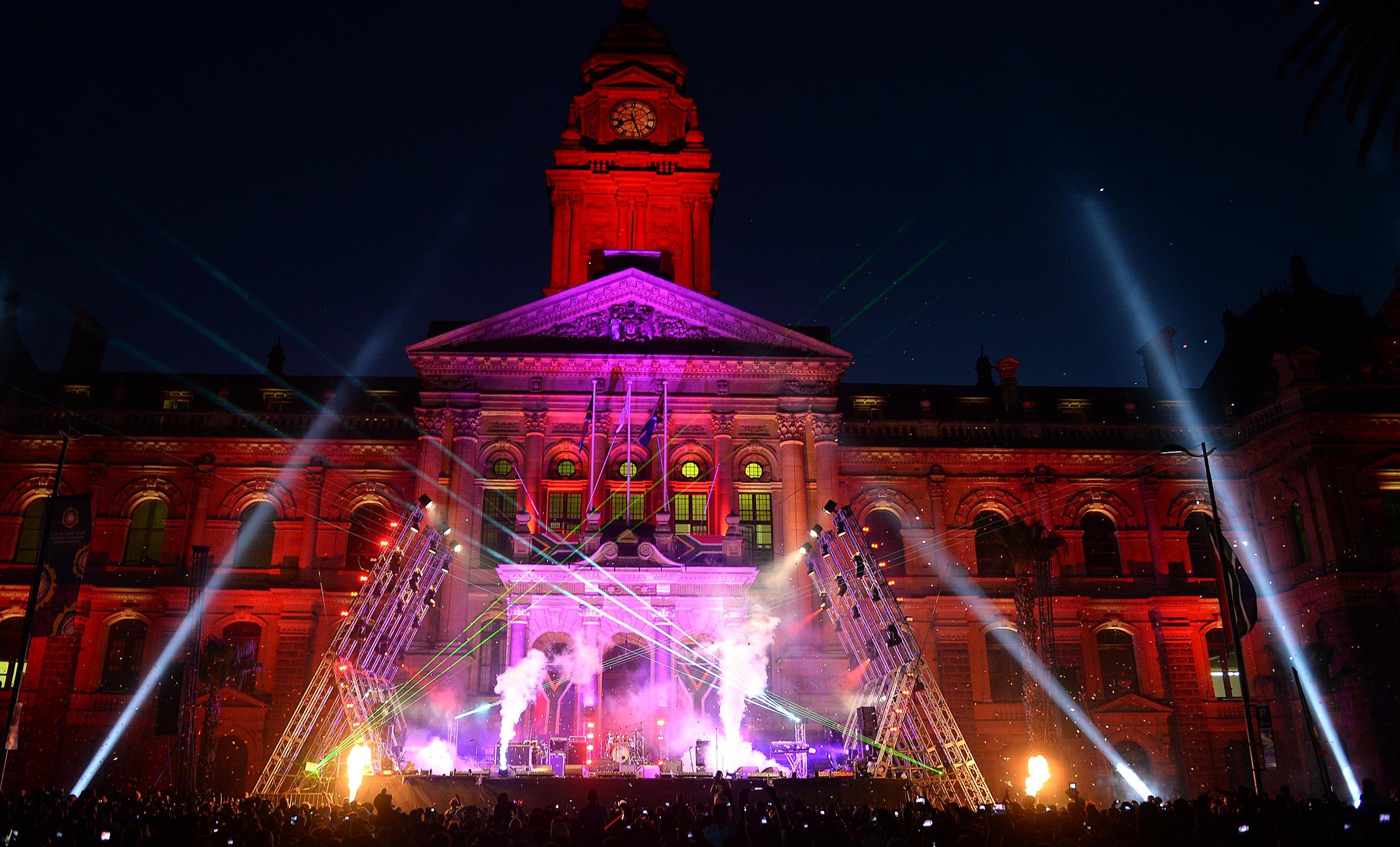 FESTIVE LIGHTS SWITCH-ON