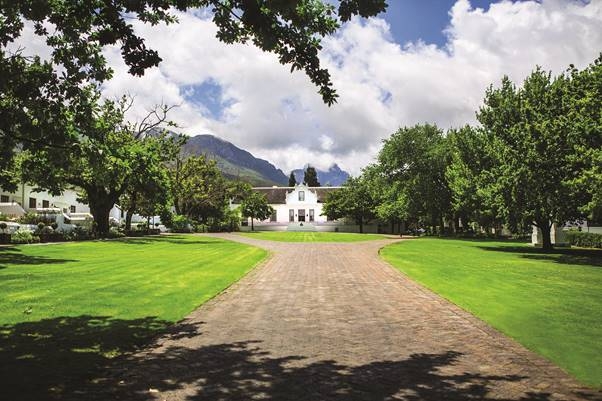 STAY A WHILE IN THE WINELANDS THIS WINTER